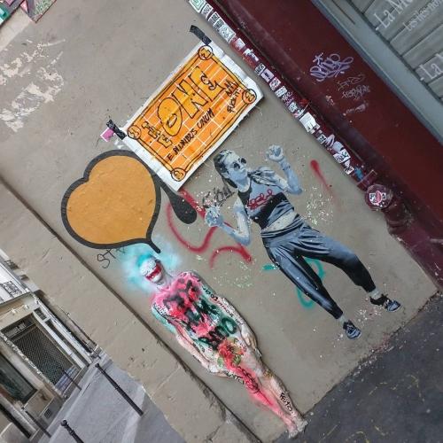 TheONE in Rue Quincampoix, Paris
